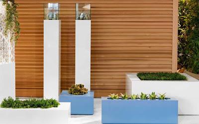 Casas minimalistas y modernas macetas para combinar en for Galerias casas minimalistas