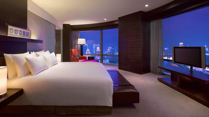 Casas minimalistas y modernas dormitorios modernos de hotel for Casa minimalista 4 dormitorios