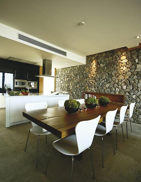 Casas minimalistas y modernas muros de piedra en casas - Casas de piedra modernas ...