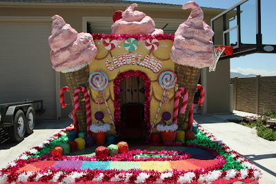 Bawden Fine Murals CandyLand parade float we helped with