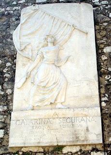 Monument to Niçoise heroine, Catherine Ségaurane.