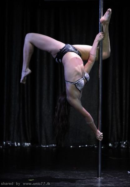 pole_dancing_contest_640_27.jpg (416×600)