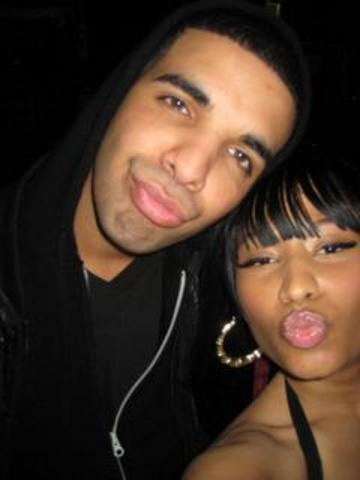 nicki minaj and drake married pictures. drake with nicki minaj look