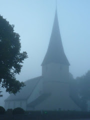 Viby kyrka i september