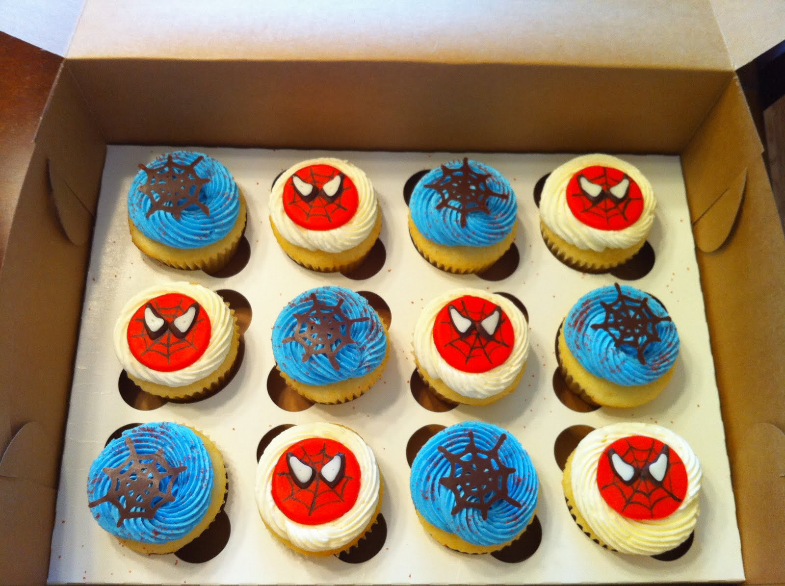 Cupcakes By Allison Smith Spiderman Cupcakes