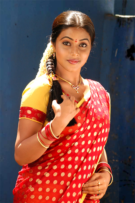 Poorna New Tamil Actress In Half Saree Latest Images Gallery