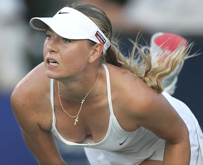 Hot Sharapova Playing a Tennis Pictures