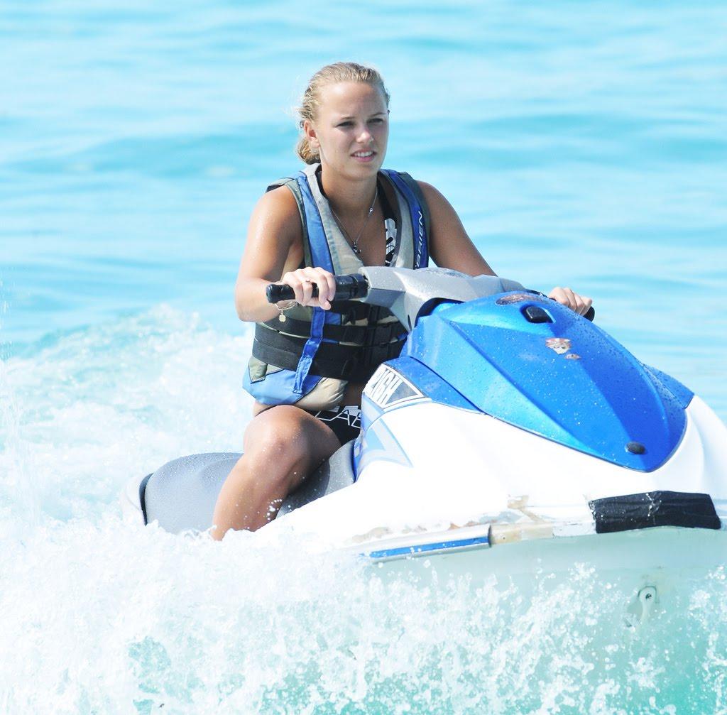 celebrity of celebrity: hot caroline wozniacki ...
