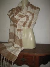 Xale de algodão colorido naturalmente Prontinho para usar.