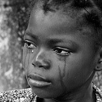 என்னை கண்டுபிடித்தால் 10  கோடி பரிசு Crying-child-210x210