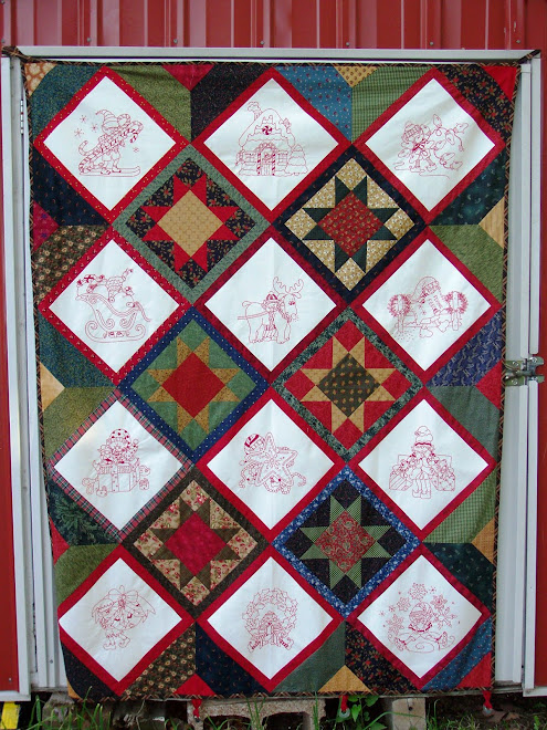 JAN&#39;S ELVES REDWORK EMBROIDERY QUILT