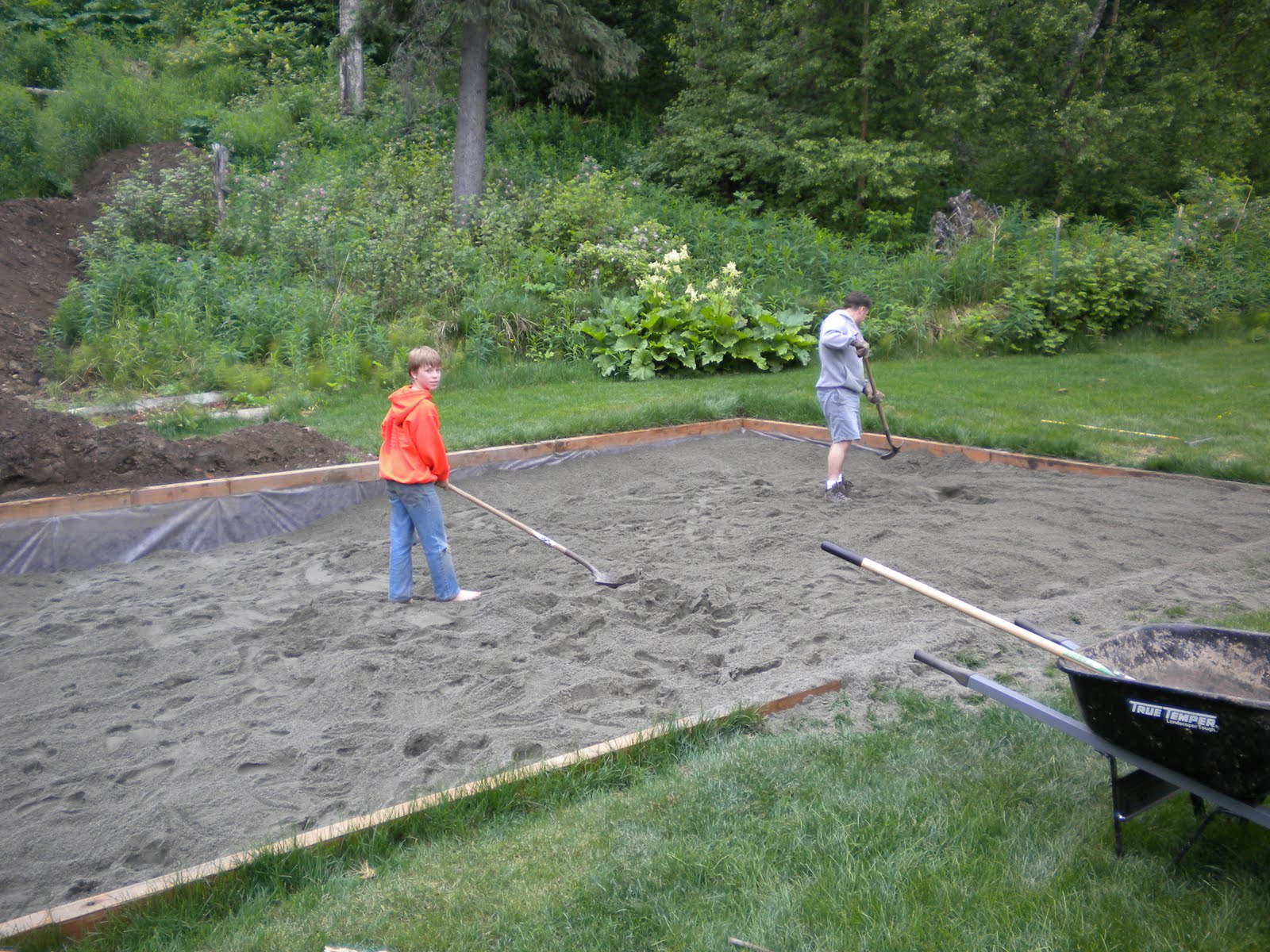 Backyard Sand Volleyball Court : The Quest for the Backyard Sand Volleyball Court The Sand Has Arrived