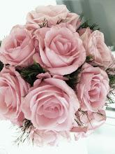 9 roser.
