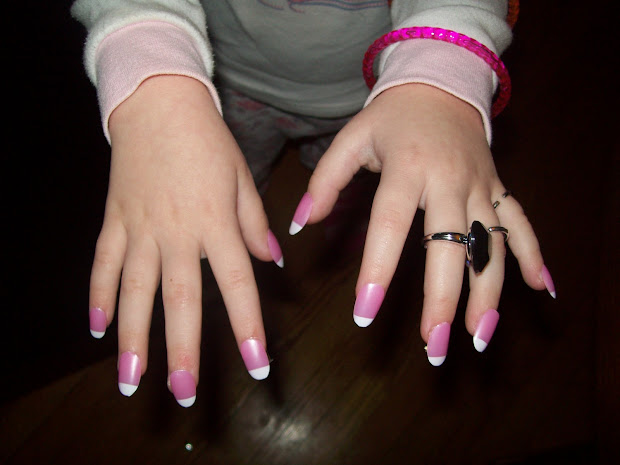 make fake nails with paper