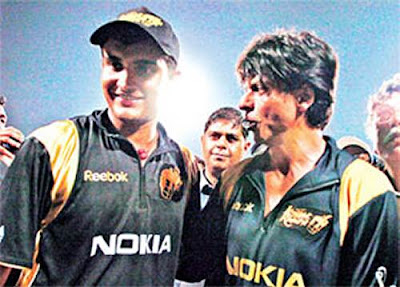 Sourav and Shah Rukh at yesterday's match against Deccan Challengers at the Eden Gardens
