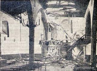 interior de la Iglesia de Candelario después de la caída del rayo