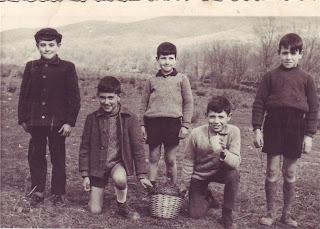 Niños En el prao Escobar de Candelario Salamanca