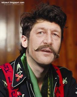 Traian Basescu - Tigan