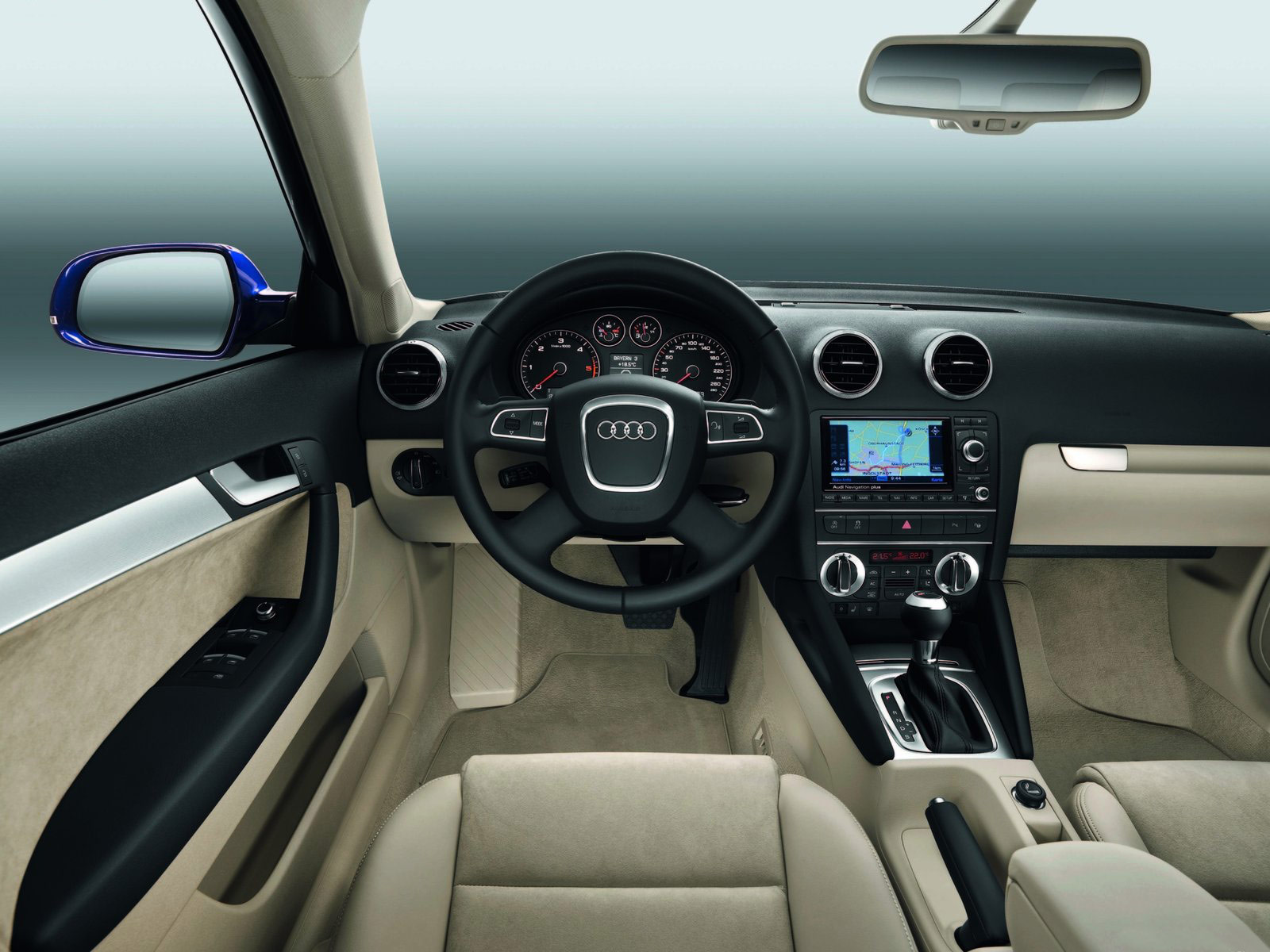 http://4.bp.blogspot.com/_m_XWwB73yT4/TIQV58rC8ZI/AAAAAAAACMo/47Pm0MjILy8/s1600/Audi_A3-Sportback_2011_car_pictures8.jpg