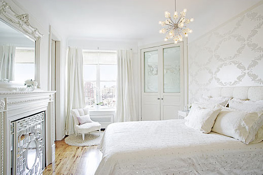 Chic beautiful life classic timeless white rooms for Bedroom designs white
