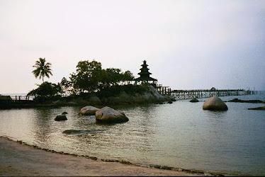 bali beach & temple