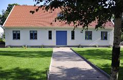 Framsidan av huset sommaren 2010