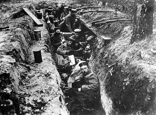 how countries used technology during world war i There were various different strategies and technology used during the second world war the united states used high technology such as helicopters, bombs, motion sensors, tanks and all kinds of artillery.