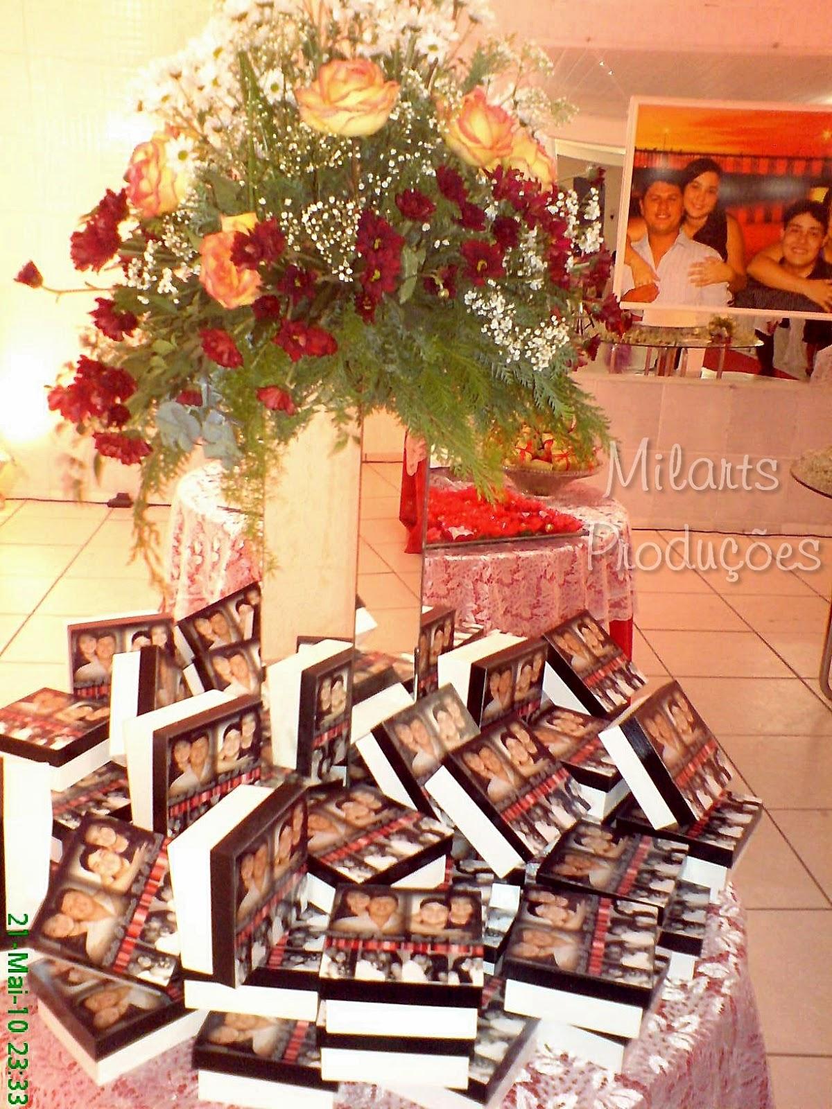 : Lembrança de casamento: Caixa de madeira personalizada com fotos #B36B18 1200x1600
