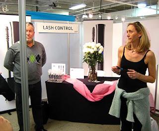 The LA Makeup Show: LASH CONTROL