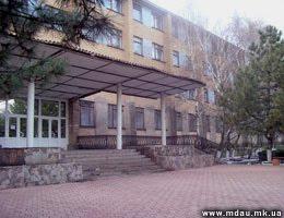 Здание Новобугского колледжа НГАУ