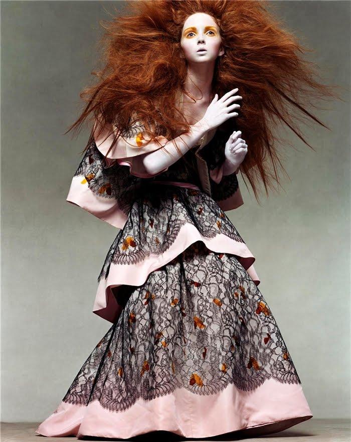 http://4.bp.blogspot.com/_mf2NYHWGS3s/TEBzuQ7sdfI/AAAAAAAAKKY/U_X4RIrgCZs/s1600/Lily+Cole+by+Steven+Meisel+(Vogue+Italia+July+2003).jpg