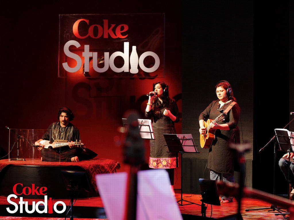 http://4.bp.blogspot.com/_mf496CQaDm0/TBb6YjK9hwI/AAAAAAAADFI/9fy_CryBYuI/s1600/Coke+Studio+3+-+Musical+Wallpapers+%281%29.jpg