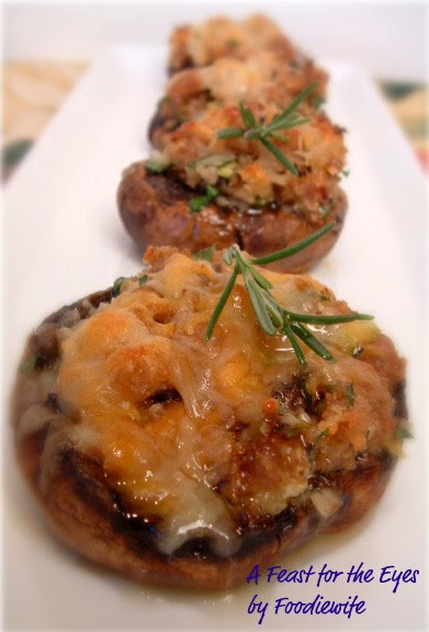 A Feast for the Eyes: Ina Garten's Sausage-Stuffed Mushrooms