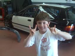 """Olha o Victor meu filho dando um """" Bisou"""" no VTI!!"""