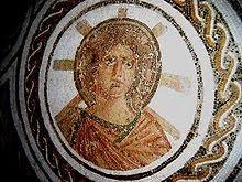Apollo ze sloneczna aureola