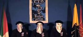 Terrorysci Loyoli i krucyfiksem z wezem