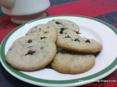 Teatime choco chip cookies