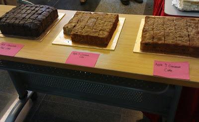 Apple & Cinnamon cake and Rich Chocolate Mud Cake