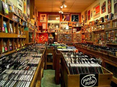 New Story: 2000 Watts - Page 2 The_record_store