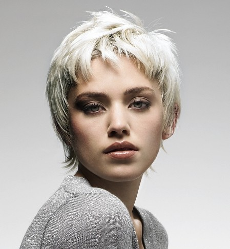 woman very short hairstyle 2010