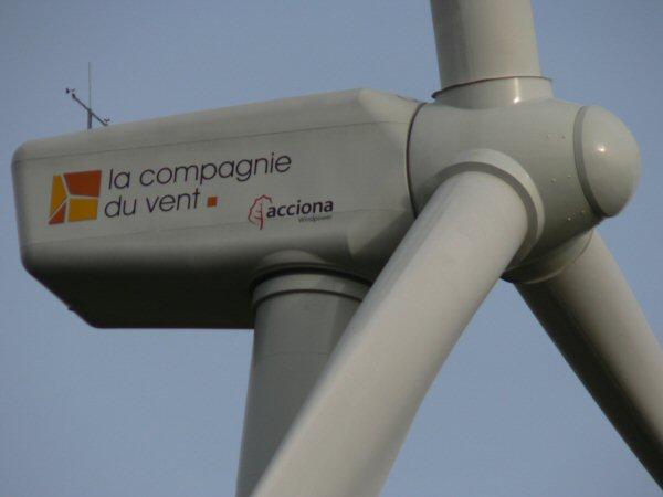 Photo des éoliennes de Plozévet Kerigaret