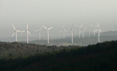 Les deux parcs éoliens de Châteaulin, Cast et Plomodiern