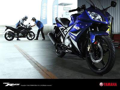 Wallpapers of the Yamaha R15.