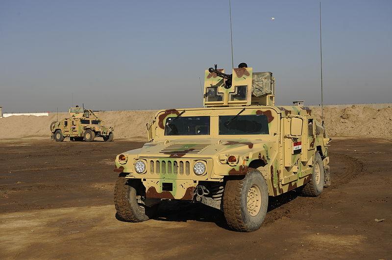 جميع صفقات عربات الهامفي العراقيه .......متجدد  - صفحة 4 Iraqi+HMMWVs+at+Camp+Echo+in+Iraq