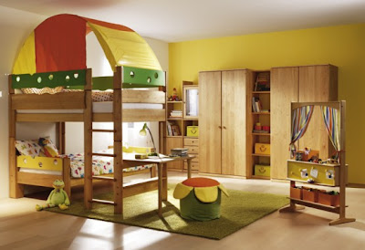 Children-room-in-green-yellow-with-pine-wood-furniture