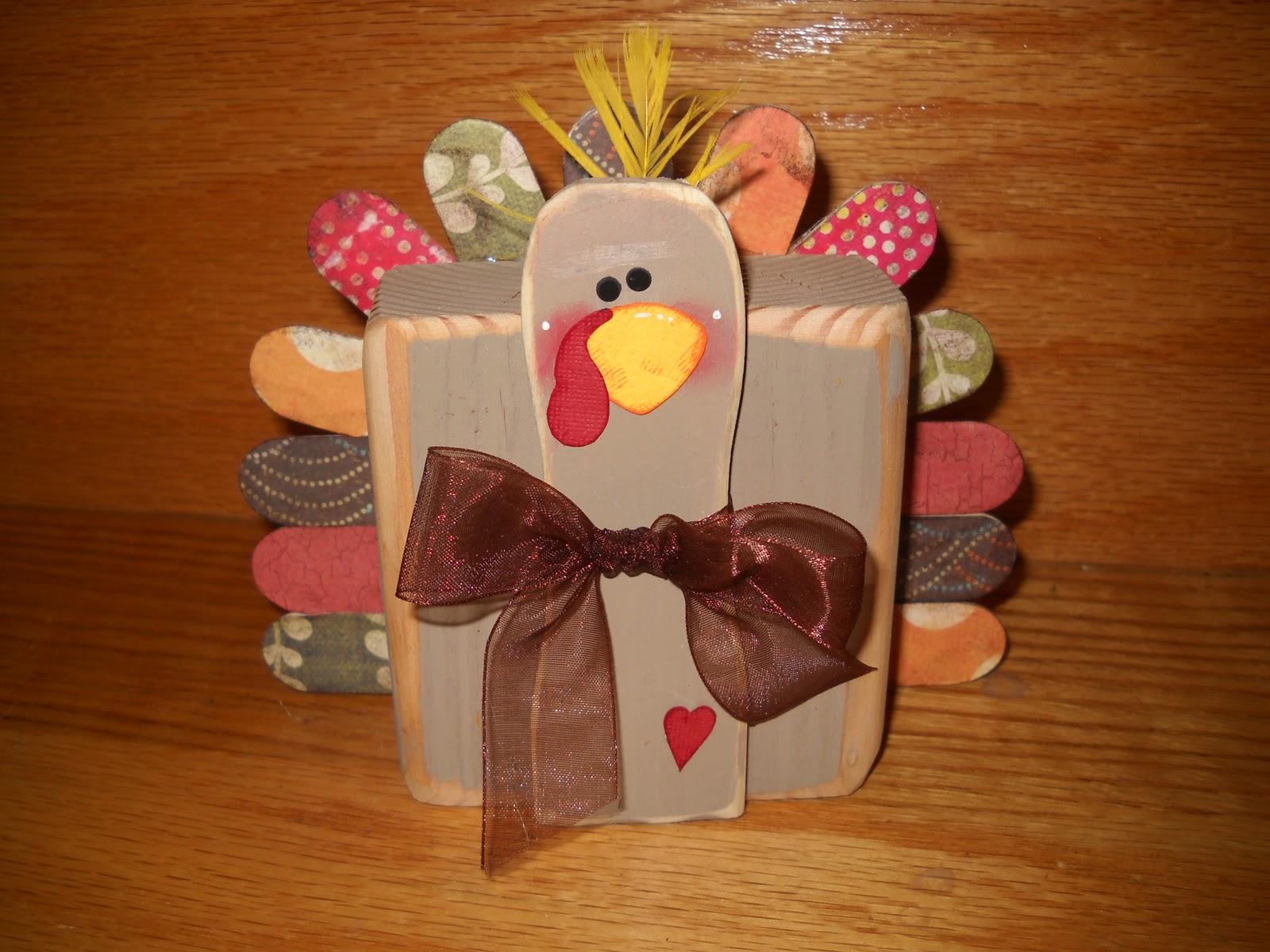 Craft goodies 2x4 turkey for Thanksgiving turkey pattern craft