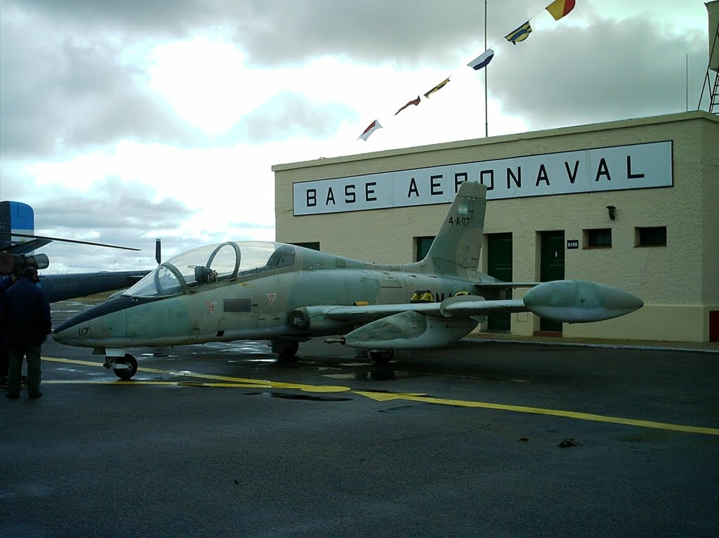 Aeronaves que participaron en la contienda. Aermacchi+MB+339+(2)