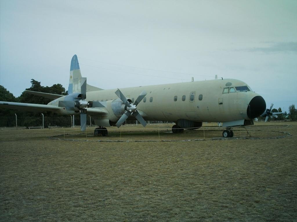 Aeronaves que participaron en la contienda. L-188+(3)