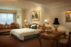 hotel bintang 5-grand aquila