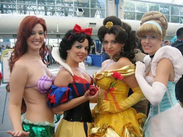 [hot_cosplay_girls_60.jpg]